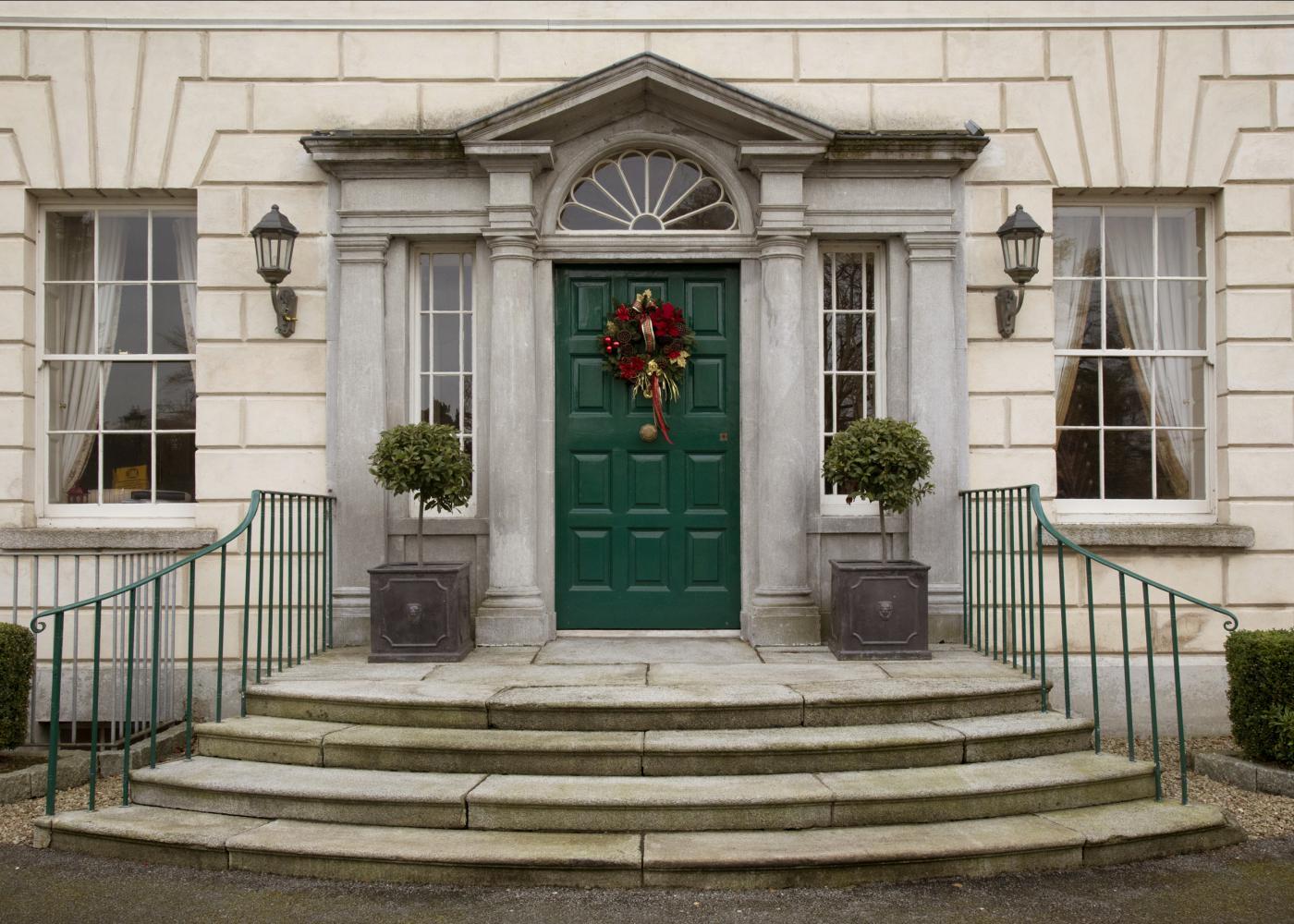 christmas in meath luxury festive hotel breaks. Black Bedroom Furniture Sets. Home Design Ideas